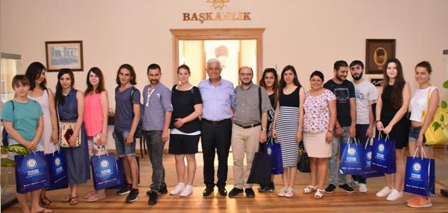 Uluslararası İmece Projesi Öğrencileri Başkan Gürün'ü Ziyaret Etti